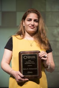 Zahra Mohammad with her award